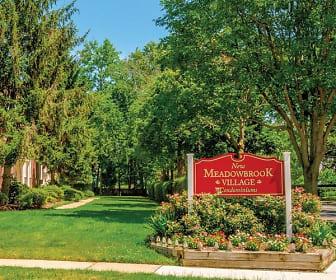 New Meadowbrook Village, Long Hill, NJ