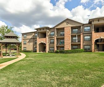 Falcon Lakes, Arlington, TX