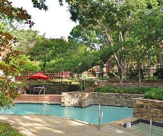 Pool, Horizons at Sunridge