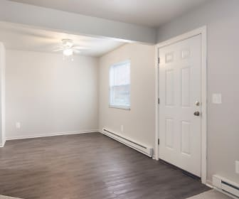 Colony Club Apartments And Townhomes, Remington College  Cleveland, OH