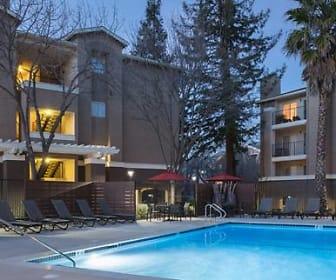 Avalon Walnut Ridge, John F Kennedy University, CA