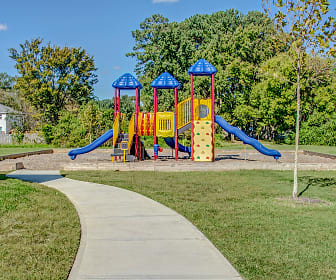 Playground, Buckroe Pointe Apartment Townhomes
