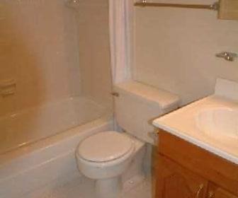 Bathroom, Clifton Park & Clifton House Apartments