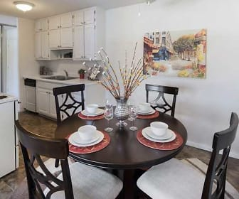 Dining Room, Seasons Park Apartments