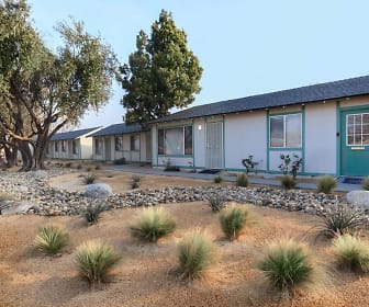 Stine Country Apartments, Mettler, CA