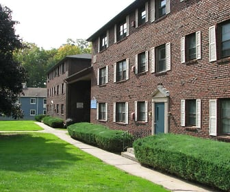 Courtyard, Countryside Apartments
