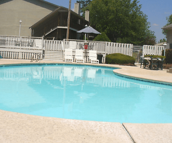 Pool, The Bluffs At Northwoods