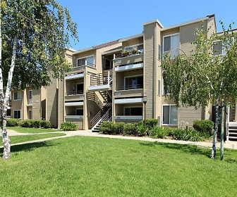 Arcadian Apartments, Pine Hollow Middle School, Concord, CA