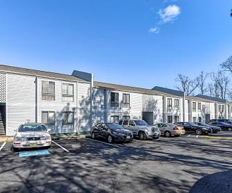 Quail Oaks Apartments, Petersburg, VA