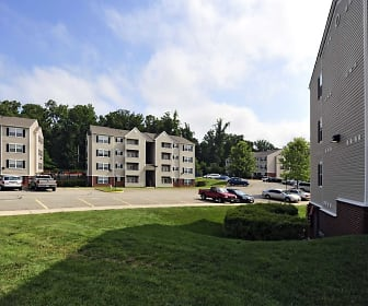 Creekpointe Apartment Homes, Midlothian, VA
