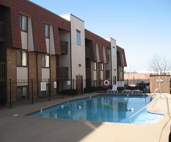 Pool, Garden Pines Apartments