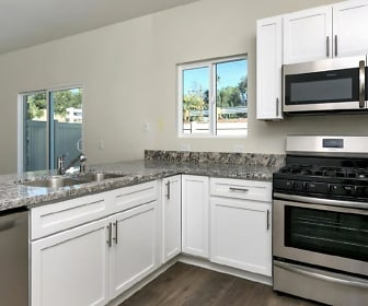 Kitchen, 917 W Lincoln Ave