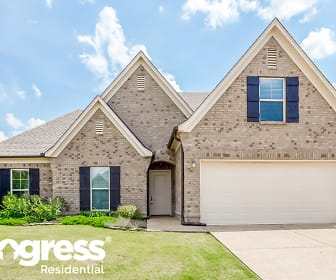 2683 S Cherry Cv, Sacred Heart School, Southaven, MS