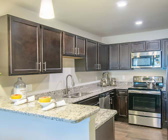 Kitchen, Heron Springs Townhomes and Apartments