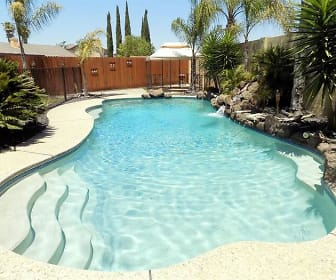 14080 Chantilly Court, Lathrop, CA