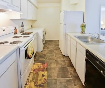 Kitchen, The Landings Apartment Homes