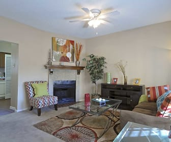 Living Room, Summer Bend Apartments