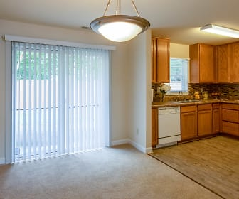 Lakeville Townhome Apartments, Chesapeake, VA