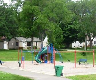 8401 W 34th St, Saint Louis Park, MN
