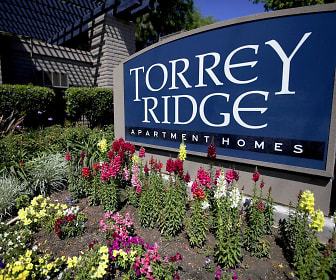 Torrey Ridge Apartments, Fresno Pacific University, CA