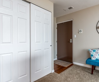 Foyer, Entryway, Miamiview Apartments