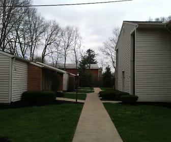 Devonshire West Apartments, West Jefferson, OH