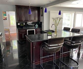 Kitchen 1, 2212 Park Vista Ln.