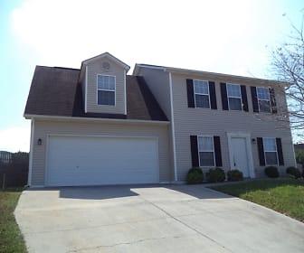 2000 Farmstead Lane, Powell, TN