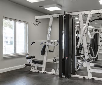 Fitness Weight Room, Kings Lane Apartments