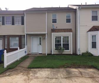 892 Riverbend Rd, Newport News, VA