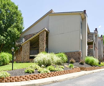 Building, Pinetree Apartments