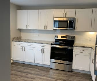 Peppertree Apartments, 06340, CT