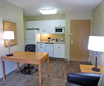 Furnished Studio - Pleasanton - Chabot Dr., Pleasanton, CA