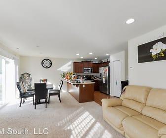 2706 11th Ave NW, Edgewood, WA