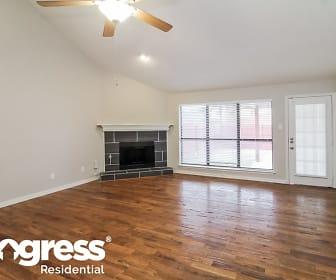 Living Room, 2709 Beau Drive