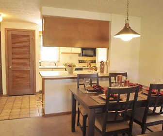 Santini Villa Apartments, Ellington Middle School, Ellington, CT