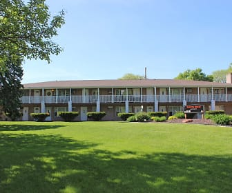 Town's Edge Apartments, St James Catholic School, Madison, WI