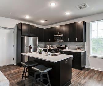 Kitchen, Woodmont Cove