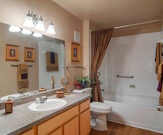 Bathroom, Kingston Villas