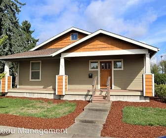913 NW Sycamore Ave., Cheldelin Middle School, Corvallis, OR