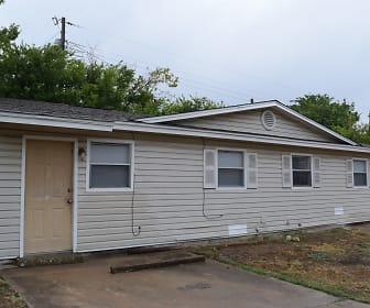 920 S 13th St, Copperas Cove, TX