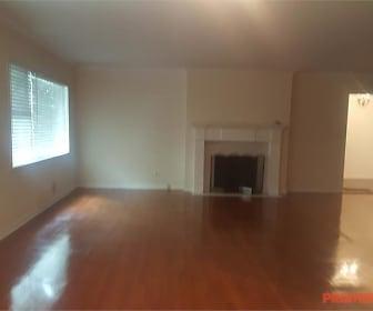 Living Room, Peachtree Oaks