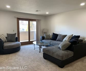 647 S Main Ave, South Main Avenue, Sioux Falls, SD
