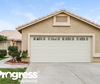 670 N Exeter St, Chandler, AZ