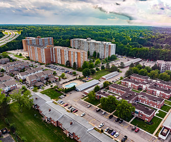 The Village At Pine Ridge, Willoughby Hills, OH