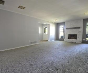 Living Room, 3515 Hilltop Lane