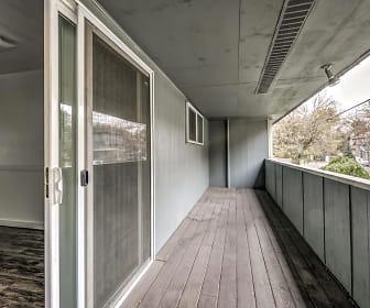 Oregon Trail Apartments, Vista, Boise City, ID
