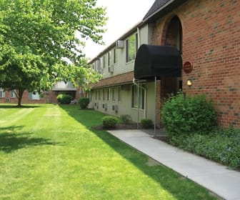 Castle Club Apartments, Levittown, PA