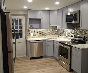 Renovated Kitchen Sep Semester, Willington Oaks Apartments