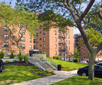Wavecrest Gardens, Derech Ayson Rabbinical Seminary, NY